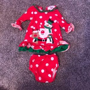 Other - Counting daisies Christmas outfit